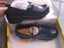 DUCK HEAD NURSING WORK CLOGS NAVY size 9  m  CROCO  BECKY WOMENS SHOES  CROC