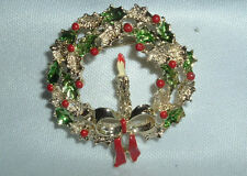 VINTAGE GERRYS GOLDTONE ENAMEL HOLIDAY CHRISTMAS WREATH CANDLE BROOCH SASH PIN