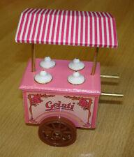 Eiswagen, weiß/rosa L/B/H: ca. 6,5 (o. Griffe)  Puppenstube 1:12