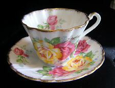 Gladstone Bone China Apricot Rose Pink & Yellow Roses Tea Cup & Saucer 1946-1952