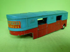 CORGI TOYS 1130 CHIPPERFIELDS ARTICULATED HORSE BOX TRAILER - GOOD CONDITION -