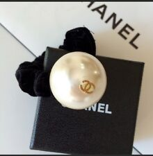 New Chanel CC Logo Big Pearl VIP Gift HairTie Scrunchie Hairband Bracelet Velvet