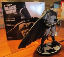 BATMAN Frank Miller BLACK and WHITE STATUE 1st The Dark Knight Returns & dawn DK