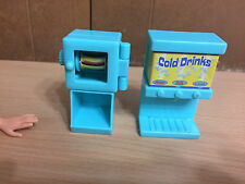 Disney Hannah Montana Beach Surf Shop Hot Dog Drink Maker Barbie Doll Accessory