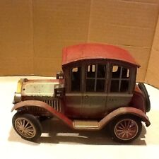 VINTAGE BATTERY OPERATED MODEL T FORD TIN TOY CAR,1950's