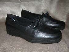 Grasshoppers Wmns lace up oxford. Sz 7W. Black leather. Great condition!  4075