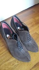 Guillaume Hinfray Italian made suede, lace-up heels, brown, size 38