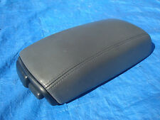 95 97 Volvo 850 850R T-5 GLT Grey Arm Rest with Black Plastic & Cup Holders