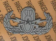 US Army EOD Explosive Ordnance Disposal Senior Bomb crab jacket patch