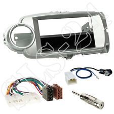 Toyota Yaris XP13 ab2011 2-DIN Autoradio Blende+Fach+ISO Adapter+Antenne Stecker