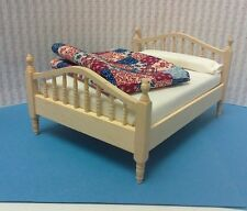 Dollhouse 1:12 double bed unfinished inc/fabric for quilt/finish to your style.