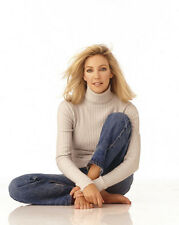 Heather Locklear UNSIGNED photo - H2855 - BEAUTIFUL!!!!!