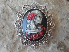 FOREVER LOVE SKELETON WOMAN (HAND PAINTED) - BROOCH / PIN / PENDANT - ZOMBIE, SR