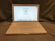 "Apple MacBook 13.3"" A1181 Intel Core 2 Duo A1181 2Ghz 3GB 160GB HD Combo"