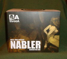 Ashley Wood 3A, ThreeA Toys Miss+Mrs Present Nabler Generation One ,Red Popbot