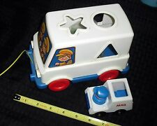 1981/86 FISHER PRICE/TOMY US MAIL MAN POSTAL TOY TRUCKS W/CARGO & DRIVER  91115