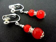 Un par de Rojo Jade Plateado Colgantes Clip en pendientes. Nuevo.