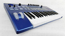 Novation Ultranova Synthesizer + Neuwertig + Gigbag + OVP + Rechnung & Garantie