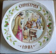 Aynsley Collectors Plate CHRISTMAS 1981 From A Christmas Carol Boxed
