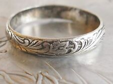 ANTIQUE VICTORIAN EDWARDIAN STERLING SILVER ENGRAVED FLORAL FOLIAGE BAND RING