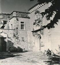 AIGUÈZE c. 1935 - L' entrée de l'Église Gard Div 4510