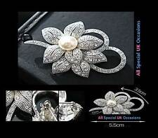 Vintage Silver Plated Rhinestone Crystal & Pearl Flower Brooch Pin Badge - Gift