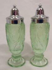 MINT Tiara Sandwich Glass S&P Salt Pepper Shakers Chantilly Green Silver Tops