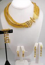 Metropolitan Museum of Art Set of 4 Pieces (Necklace  , Pin, Earrings)