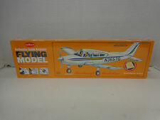 Guillows #308 Beechcraft Musketeer Balsa wood Airplane model Kit New in box