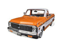 1972 CHEVROLET CHEYENNE PICKUP TRUCK ORANGE 1/24 DIECAST MODEL BY JADA 96865