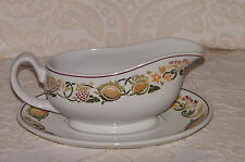 Boots Amberley China Made in England Gravy Sauce Boat and Stand VGC FREE P & P