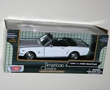 Motor Max - 1964 FORD MUSTANG Convertible (White) - Model Scale 1:24