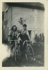 PHOTO ANCIENNE - VINTAGE SNAPSHOT - VÉLO BICYCLETTE COUPLE CYCLISME - BIKE FUNNY