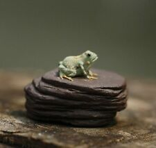 Chinese Yixing zisha tea pet Mini frog on rock tea ceremony decoration