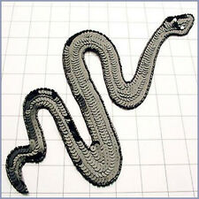 SEQUIN BEADED BLACK SNAKE APPLIQUE 2147-Q