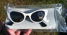 Vintage Bausch+Lomb Ray-bans 50's cat eye sunglasses Lisbon white/pearl blk mint