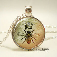 Vintage bee Queen Cabochon Silver plated Glass Chain Pendant Necklace @52