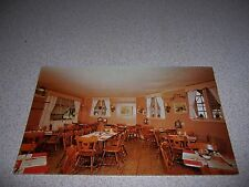1960s TRIANGLE DINING ROOM QUALITY RESTAURANT MANCHESTER CENTER VERMONT POSTCARD