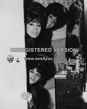 "The Ronettes 10"" x 8"" Photograph no 38"
