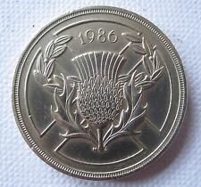 Golf Ball Green Marker Scottish £2 Coin dated 1986 with Thistle emblem (D3518)