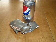 AUSTRALIA SHAPED / KANGAROO STATUE, ALUMINUM  METAL ASHTRAY, Vintage