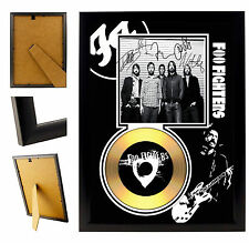 FOO FIGHTERS  - A4 SIGNED FRAMED GOLD VINYL COLLECTORS CD DISPLAY PICTURE