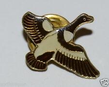 WOW Nice Vintage Flying Duck Goose Hunter Pin Rare