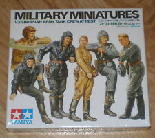 TAMIYA 1/35 WWII RUSSIAN ARMY TANK CREW AT REST