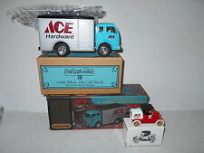 Ertl ACE HARDWARE 1949 White Tilt Cab Truck & 1/43 Scale 1918 Ford Runabout