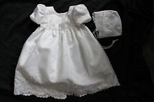new baby girl baptism christening WHITE dress gown  w bonnet z: 6 months