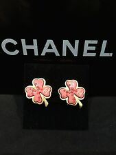 CHANEL 100% Auth Earrings Cloverleaf Coral Pink CC Logo Clip Spring Signed
