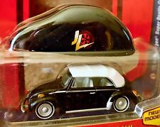 JOHNNY LIGHTNING 75 1975 VW VOLKSWAGEN SUPER BEETLE CABRIOLET W/CAR COVER 1/2500