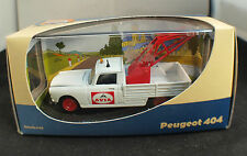 Atlas ◊ref.2421003  Peugeot 404  dépanneuse AVIA ◊ 1/43 ◊ en boîte / boxed