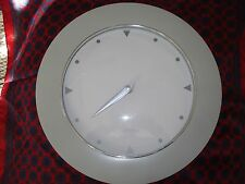 "Young Town Quarts White Clock Accurate Wall Office, Room 11.25"" Diam. Gray Rim"
